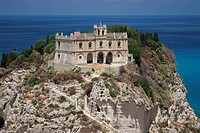 Italien, Kalabrien, I-Tropea, Provinz Vibo Valentia, Felsen Isola Bella, Sandsteinfelsen, Kirche Santa Maria dell Isola, Kapelle, ehemaliges Benedikti...