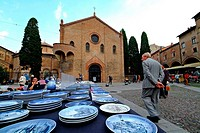 flea market, bologna, emilia romagna