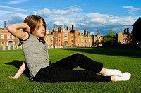 Europe, UK, england, london, hampton court girl portrait
