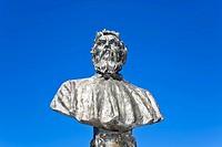 Statue of the Italian goldsmith and sculptor Benvenuto Cellini Florenz Toskana Italien