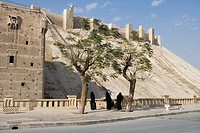 Veiled women outside the Citadel of Aleppo, Aleppo, Syria, Asia