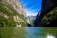 Panoramic view of a lake with a mountain range in the background, Sumidero Canyon, Chiapas, Mexico (thumbnail)