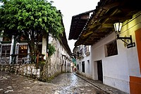 Buildings on both sides of a street, Cuetzalan, Puebla State, Mexico (thumbnail)