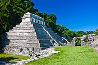 Old ruins of a temple, Templo De los Inscripciones, Palenque, Chiapas, Mexico