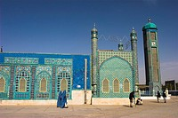 Amputee outside the Shrine of Hazrat Ali, who was assissinated in 661, Mazar_I_Sharif, Balkh province, Afghanistan, Asia