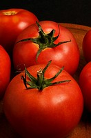 Close_up of tomatoes