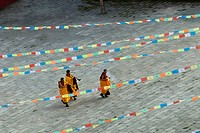 Yellow Hat sect monks, Gelugpa, Tagong Temple, Tagong, Sichuan, China, Asia