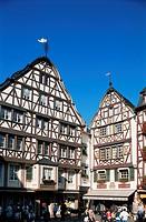 Market square, Bernkastel_Kues, Mosel Valley, Rheinland_Pfalz, Germany, Europe
