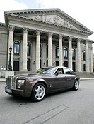 Rolls Royce in front of the opera, Munich, Bavaria, Germany