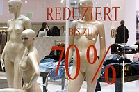 Display window - discounts up to 70%