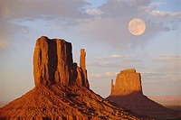 Mitten Butte Rocks, Monument Valley, Arizona, USA