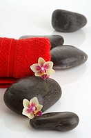 Red towels and black stones