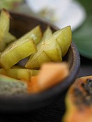 Carambola and papaya (thumbnail)
