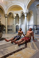 Interior view of the 300 year old Cagaloglu Hamam, Turkish Bath, with the center marble platform Gobek Tasi, Istanbul, Turkey, Europe