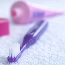 Purple toothbrush (thumbnail)