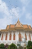 The Throne Hall, The Royal Palace, Phnom Penh, Cambodia, Indochina, Southeast Asia, Asia