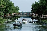 Lilla Sjötullsbron Mellan Norra Och Södra Djurgården Under Tjejmilen, People On Bridge And Boats Underneath