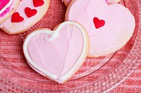 Pink heart shaped cookies close_up