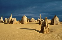 THE PINNACLES. Nambung National Park. Western Australia