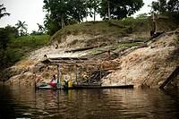People Washing Clothes in River, Nova Canaã Community, Cuieiras River, Amazônia, Manaus, Amazonas, Brazil