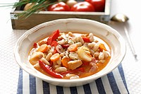 Tripe soup with beans and carrots