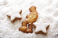 Speculaas biscuit, Dutch cookie in the shape of a man with coarse sugar and cinnamon star cookies