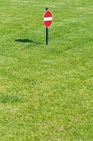 Do not enter sign on lawn