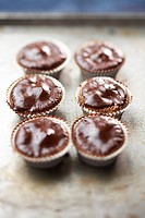 Chocolate and pralin cup cakes