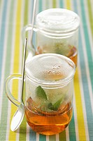 glass cups for infusions