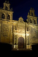 Collegiate church of Santa Maria de los Reales Alcazares (13th-19th century) in Plaza de Vazquez Molina at dusk, Ubeda. Jaen province, Andalucia, Spai...