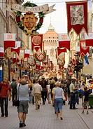 Poland, Krakow, Florianska street with Florian´s Gate