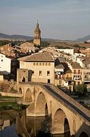 Romanesque bridge, Puente La Reina (Gares), Navarra (Nafarroa), Spain