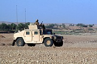 A humvee filled with Marines conducting a mounted combat patrol (thumbnail)