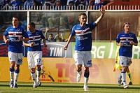 gennaro delvecchio celebrating, genova 2009, serie a football championship 2008_2009, sampdoria_reggina