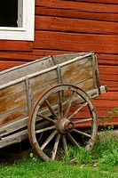 wagon, spokes, antique, weathered, worn, equipment