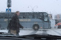 Rainy day, roadside, cars, van, transportation (thumbnail)