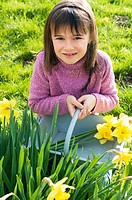 Girl with daffodils (thumbnail)