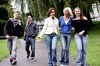 Teenagers, walking, fun, happy, friends, group, yo (thumbnail)