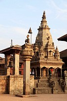 Nepal, Kathmandu Valley, Bhaktapur, Durbar Square, King Malla Column, Taleju Bell, Vatasaladevi Shikara