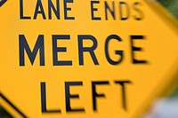 traffic merge sign