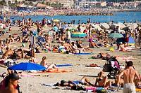 People beach.