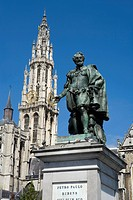 Belgium _ Flanders _ Antwerp _ Statue of Peter Paul Rubens and the Cathedral of Our Lady Onze_Lieve_Vrouwekathedraal