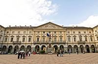 piazza chanoux, palazzo comunale, aosta, valle d´aosta, italia