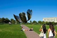 Argentina, Südamerika, Amerika, March 2008, Buenos Aires, city, Unites Nations Square, Plaza de las Naciones Unidas, Floralis Genérica, by Eduardo Cat...