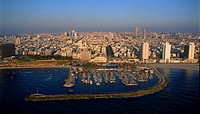 Aerial photograph of Tel Aviv´s Marina and shoreline
