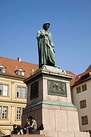 Statue of German poet and playwrigth Friedrich Schiller in Schillerplatz square, Stuttgart, Baden-W&#252;rttemberg, Germany