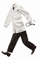 A doctors´ clothes running