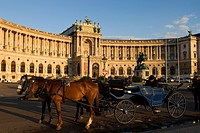 Austria, Vienna, Hofburg, barouche in front of the Neue Burg New Imperial Palace