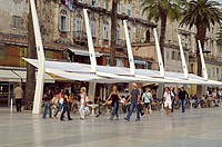 Croatia, Dalmatian coast, Split, old Roman city listed as World Heritage by UNESCO, Riva or the seaside promenade