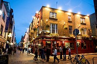 Ireland, Dublin, Temple Bar District, Temple bar